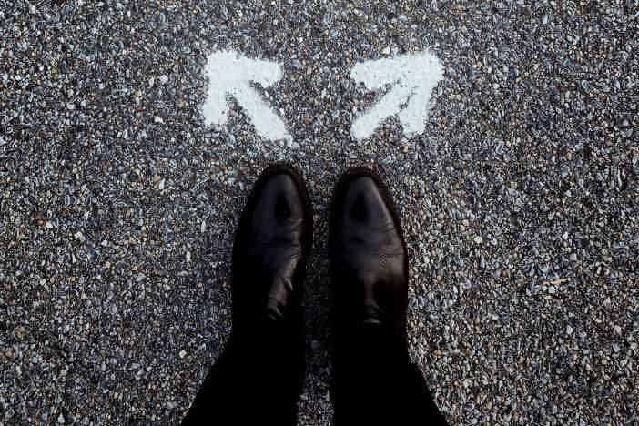 就労移行支援と就労継続支援、どちらを利用すべき?